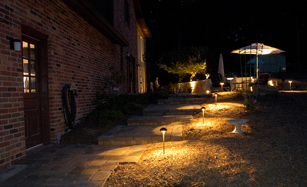 Landscape Lighting By Brandon